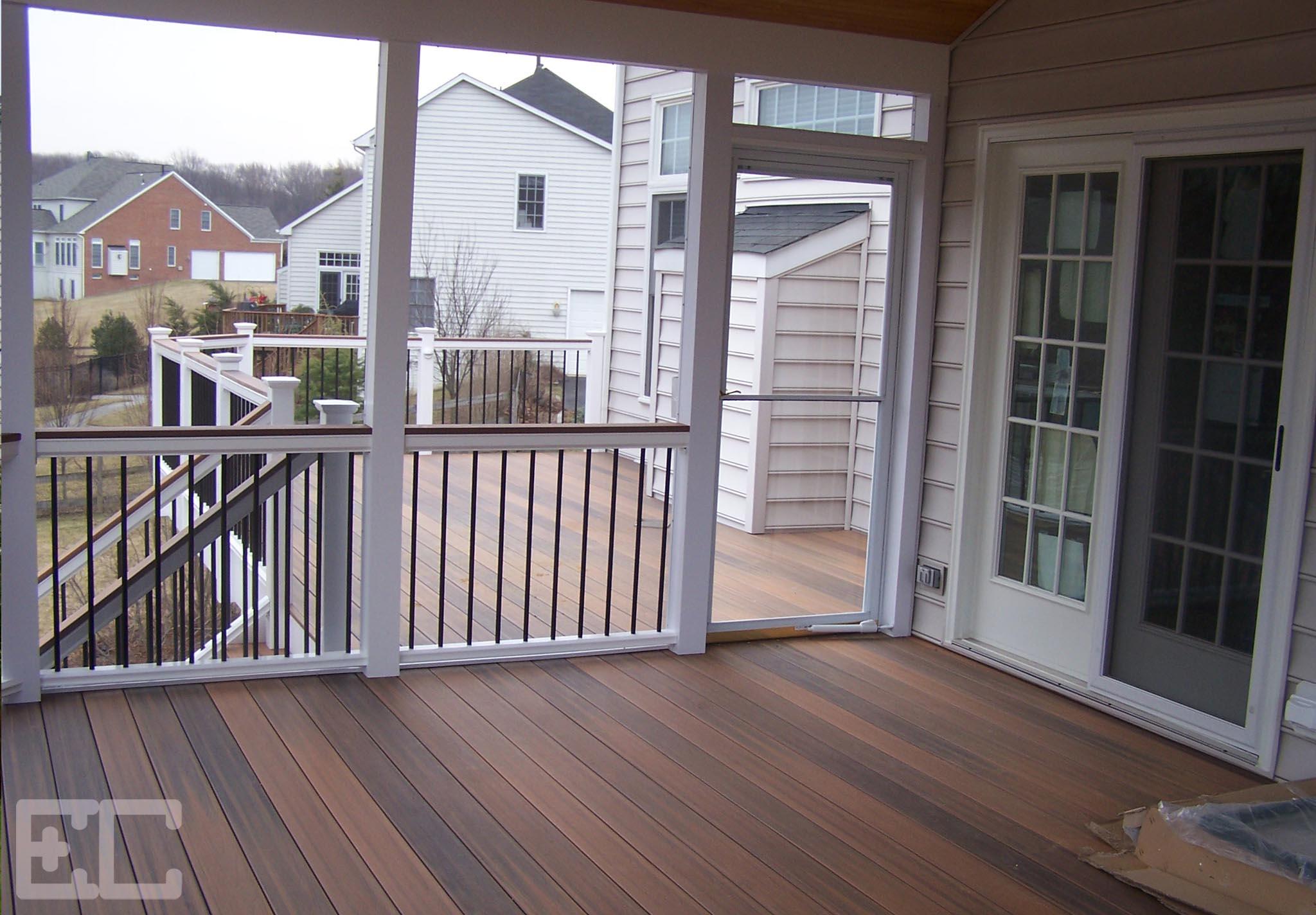 Upper Deck with Porch